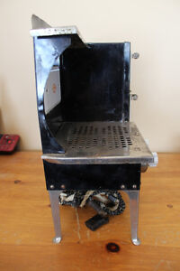 Old Antique Empire Metal Ware Stove - Child Size London Ontario image 6