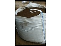Top graded topsoil £39 a bulk bag 1ton!!!turf!!bark!!supplies!tel-07790225409-01782 771819