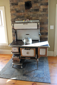 Findlay Oval Wood Cook Stove
