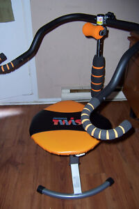 Ab Doer Twist Mint Condition Strength and Stretching Cornwall Ontario image 3