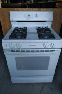 GE XL44 Self Cleaning Gas Stove