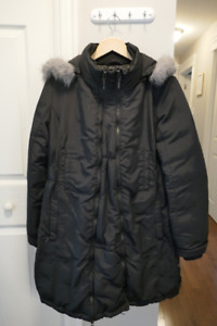 Thyme Maternity Winter Parka with detachable faux fur lined hood