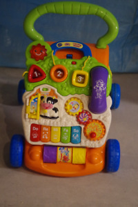 Toddler's push and play toy