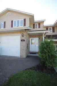Excellent 3 bedroom townhome minutes to CFB Petawawa