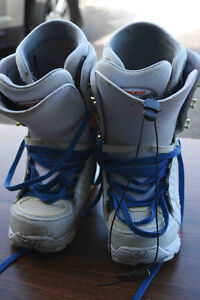 2 pairs of Men's Snowboard boots