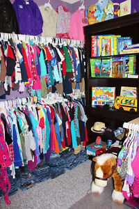 """Girls """"M"""" Outfit - Size 3 Mths London Ontario image 4"""