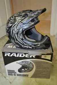 Raider MX-3 Helmet Regina Regina Area image 1
