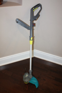 Cordless Grass Trimmer (nearly new)