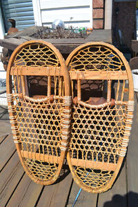 Vintage XRARE Swenson and Swenson Bearpaw Snowshoes