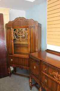 ★ ANTIQUE HUTCH -- SIDEBOARD TO MATCH AVAILABLE★ ONLY $175