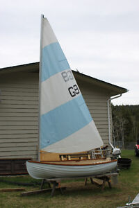 GALLEON 10 FT SAILING DINGHY