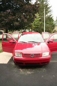 1999 Volkswagen Jetta Sedan- Great Commuter 30-35 MPG
