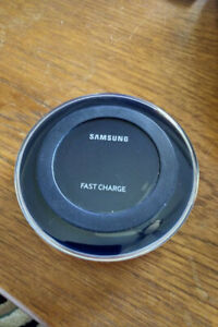 Samsung EP-PN920 Wireless Fast Charger