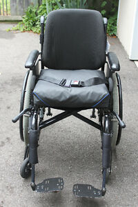Wheelchair for Sale - $250.00 Cambridge Kitchener Area image 1