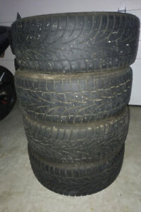 Ice blazer winter tires (4) 215/50r17
