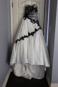Sophia Tolle Wedding Dress- Analisa y2952