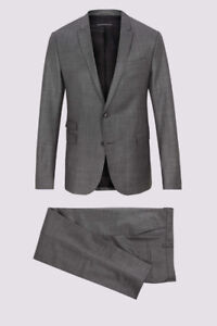 New Designer Suit    Save $500 w/Bonus Shirt & Tie
