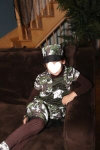 Costume Halloween de militaire pour fillette 5-7 ans Excellent é