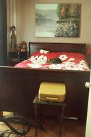 Set de chambre sans matelas style caleche antique