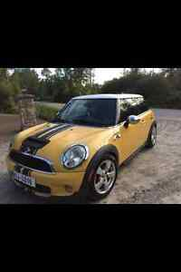 2007 MINI Mini Cooper S Yellow Powerful Engine 220 HP