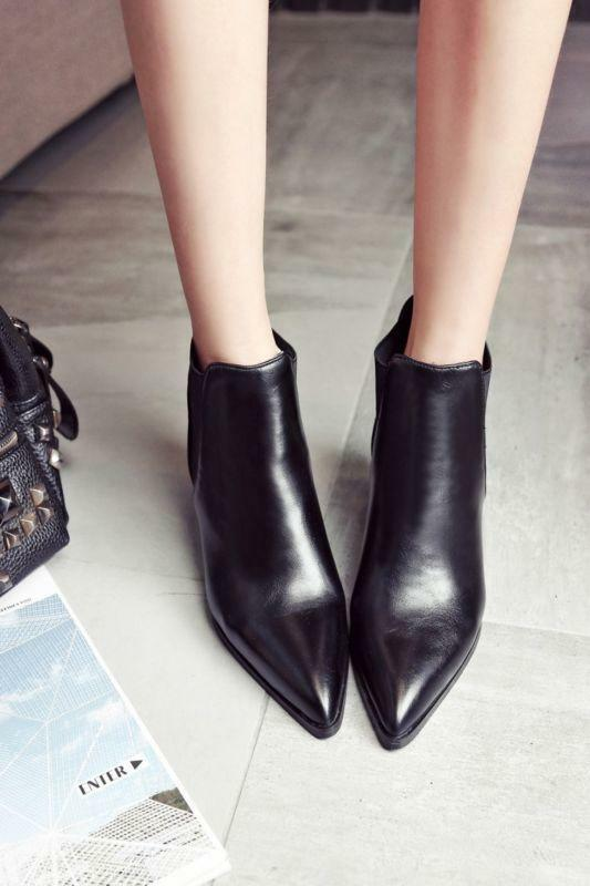 Womens Leather Chic Pointy Toe Shoes Ankle Boots Retro Chelsea Cuban Heels 2019