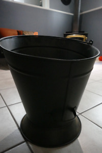 Metal Bucket  for Firewood- Lee Valley