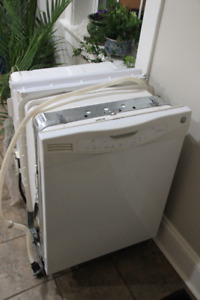 Free dishwasher. Works but does not flush well.