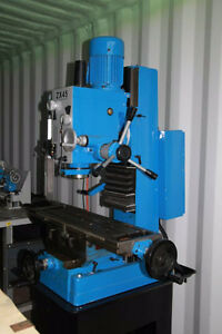 New ZX45 Milling Machine with lot of accessories,Dovetail column