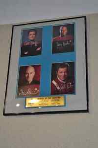 Star Trek: Heroes of the Frontier Autographed photos