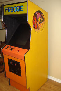 Stand Up Video Game With Cabinet Windsor Region Ontario image 2