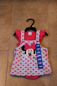 Disney baby girl Minnie Mouse 2Pc top and skirt (12 M)