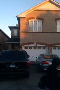2 ROOM BSMT APT.NEAR SQUARE ONE