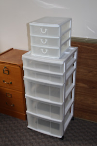 2 Chests of drawers (plastic), 1 large & 1 small, $5 for the set