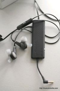 Bose  QC20 Acoustic Noise Cancelling Headphones, Black