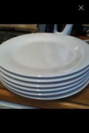 6 WHITE DINNER PLATES