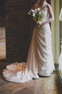 White wedding dress, size 6