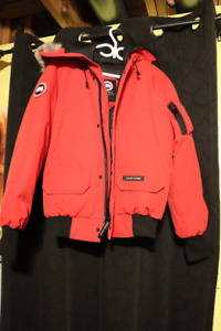 Size XS Men's Authentic Canada Goose Red Chilliwick Bomber -NEW