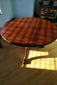 Beautiful Arhaus flip-up round dining table