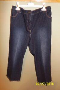 Thyme Maternity Capri Jeans