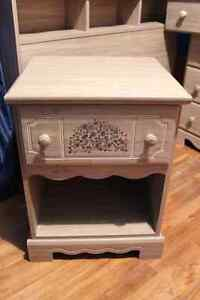Commode/Dresser  Table/Nightstand  Lit Simple/Twin Bed