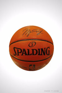 'BASKETBALL BLACK INK HAND SIGNED BY MICHAEL JORDAN'