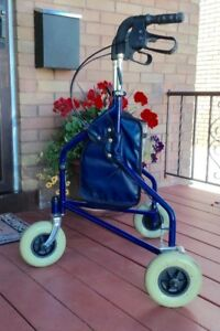 Rollator for Narrow Doorways or Small Spaces