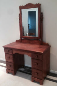 Antique Dressing Vanity / Desk