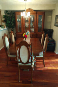Dining Room Set with table \ Chairs