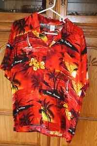 Men's Hawaii shirts - HALLOWEEN - Men's M / L - $5 each.