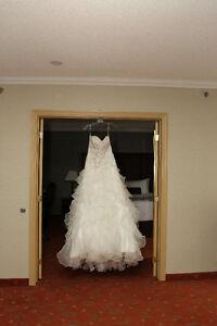 Dramatic Wedding dress- Size 7