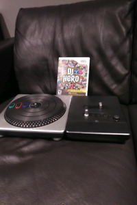 Wii DJ Hero video game and turntable
