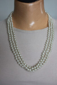 RETRO 60's-70's necklaces bring your style alive