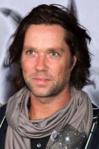 RUFUS WAINWRIGHT 6TH ROW/RANGEE CENTER FLOORS-ROW A-