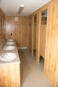 Clean and Well-Maintained Washroom Trailers For All Occasions